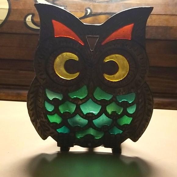 Vintage metal stain glass owl napkin holder